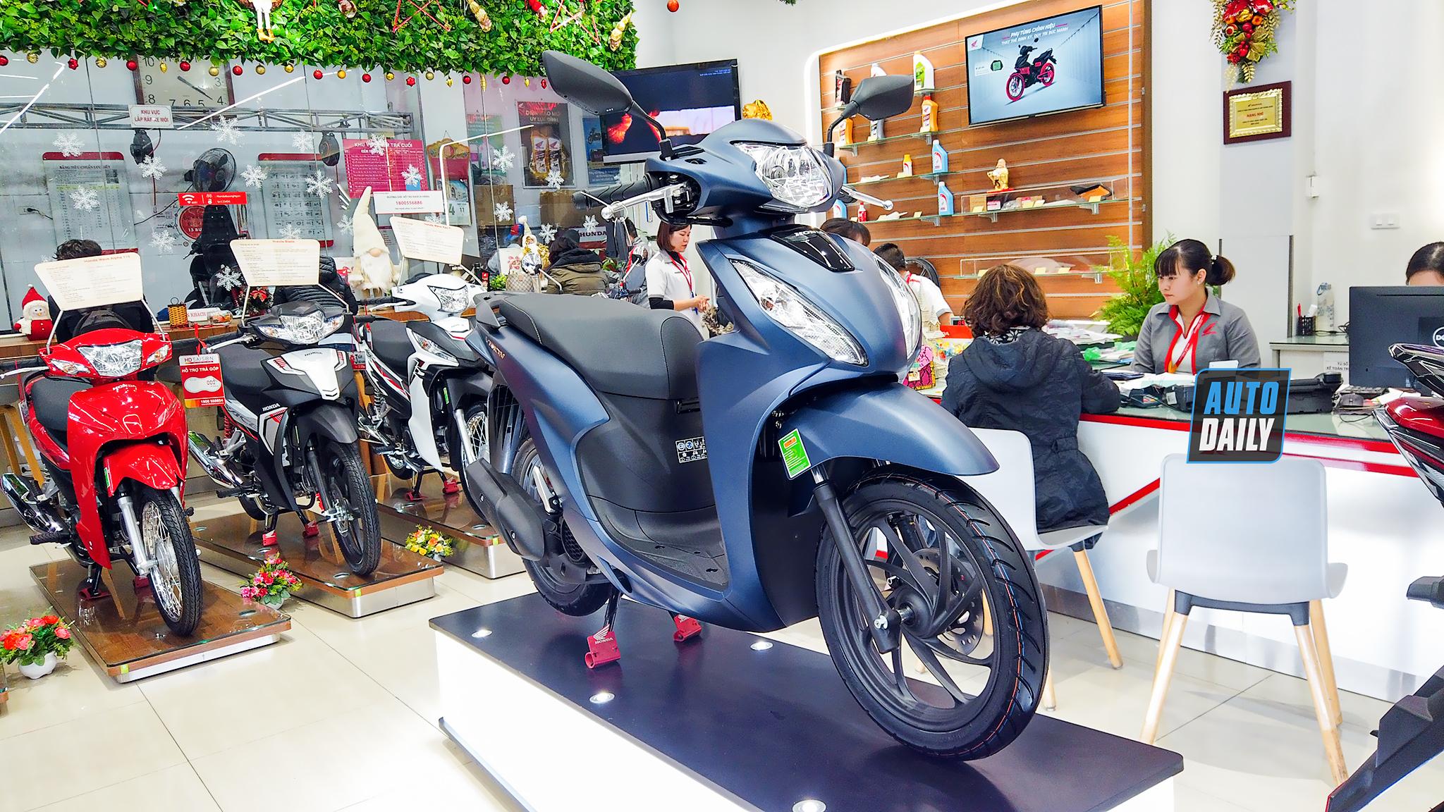 Cận cảnh Honda Vision 2021 tại đại lý, giá từ 29,9 triệu đồng | DailyXe