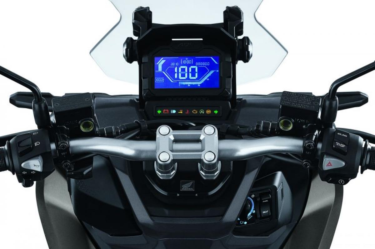 Mẫu xe tay ga Honda ADV150 2021 chính thức ra mắt