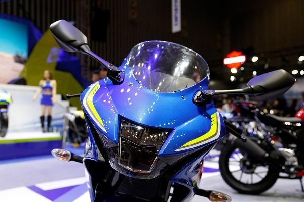 Giá xe GSX R150 | Xe máy Suzuki GSX-R150 mới nhất 2021