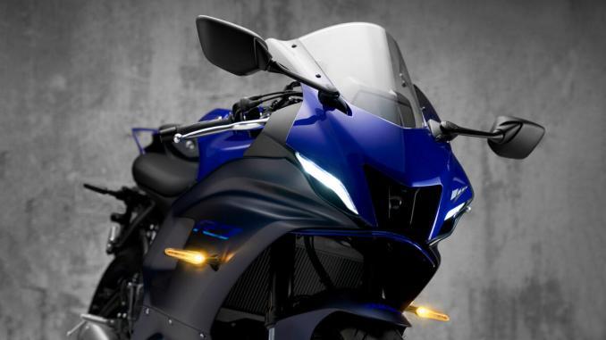 xe Yamaha R7 2021