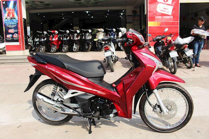 Giá xe Wave 125i nhập Thái Lan