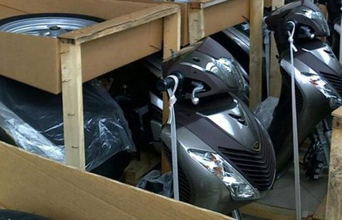 nhập khẩu xe máy